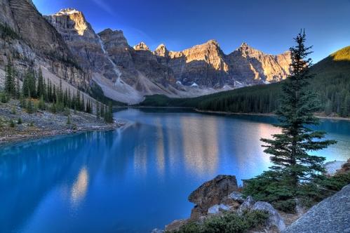 Vale de  Ten Peaks, Moraine Lake, Alberta, Canadá